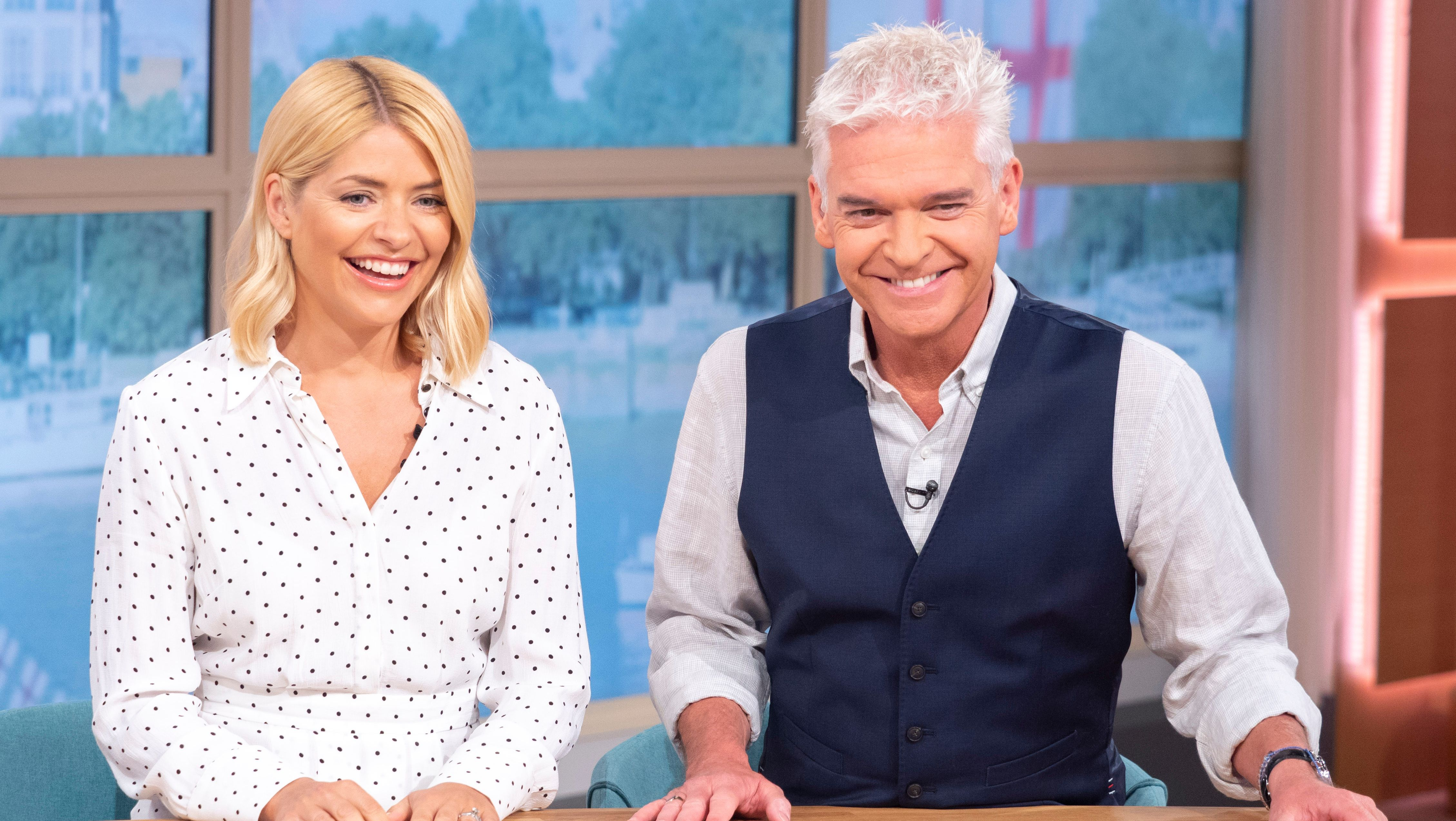 Holly Willoughby and Phillip Schofield delight fans with holiday photo