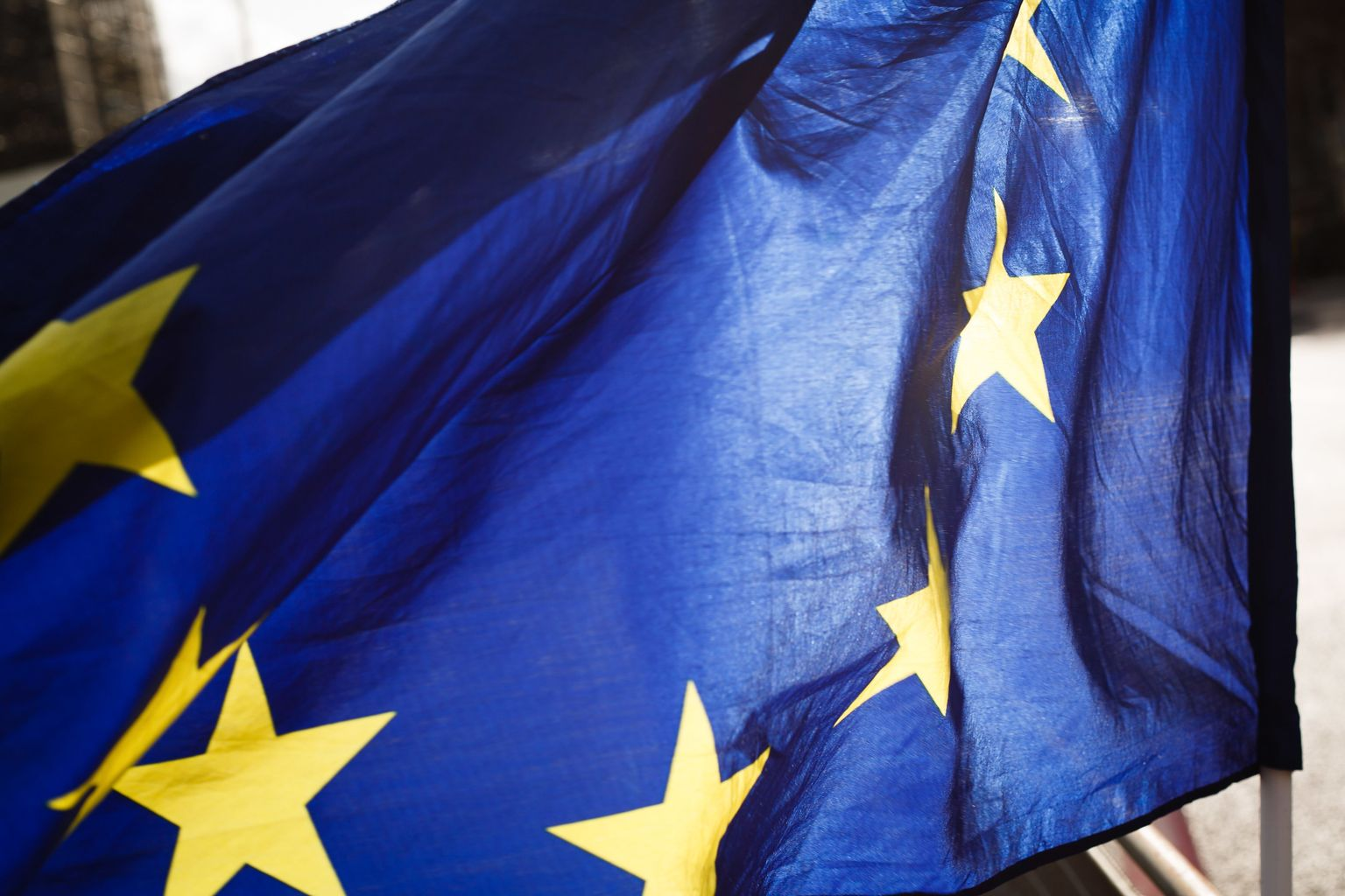 EU flag to be lowered in Paisley