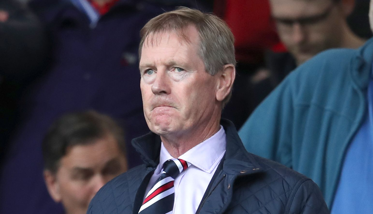 Rangers fans thank departing chairman Dave King