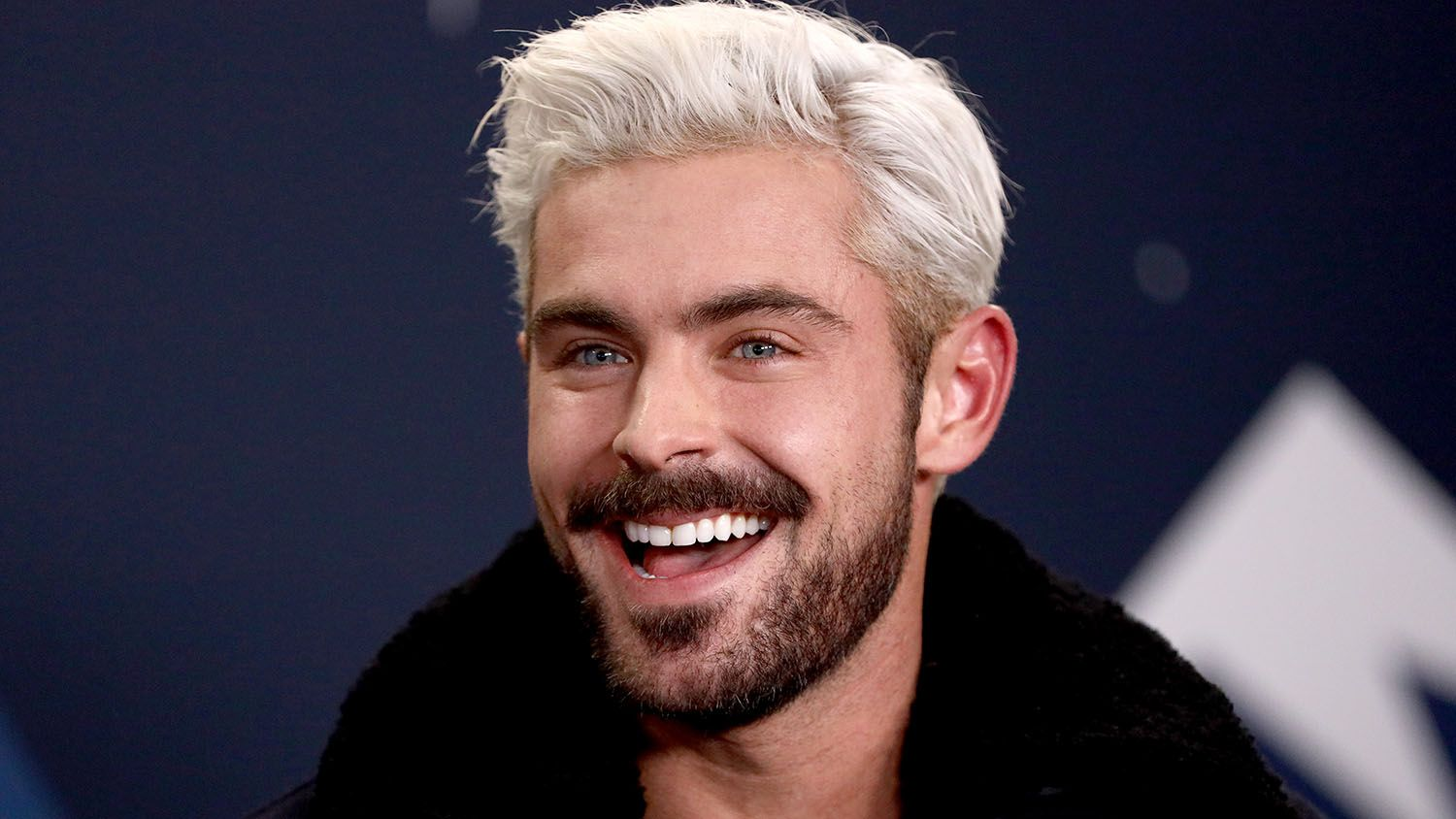 Zac Efron 'set to star' in remake of Three Men and a Baby 👶