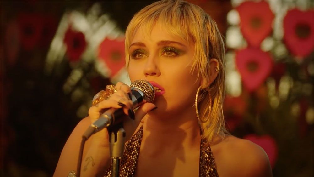 Watch Miley Cyrus' incredible cover Pearl Jam's 'Just Breathe'