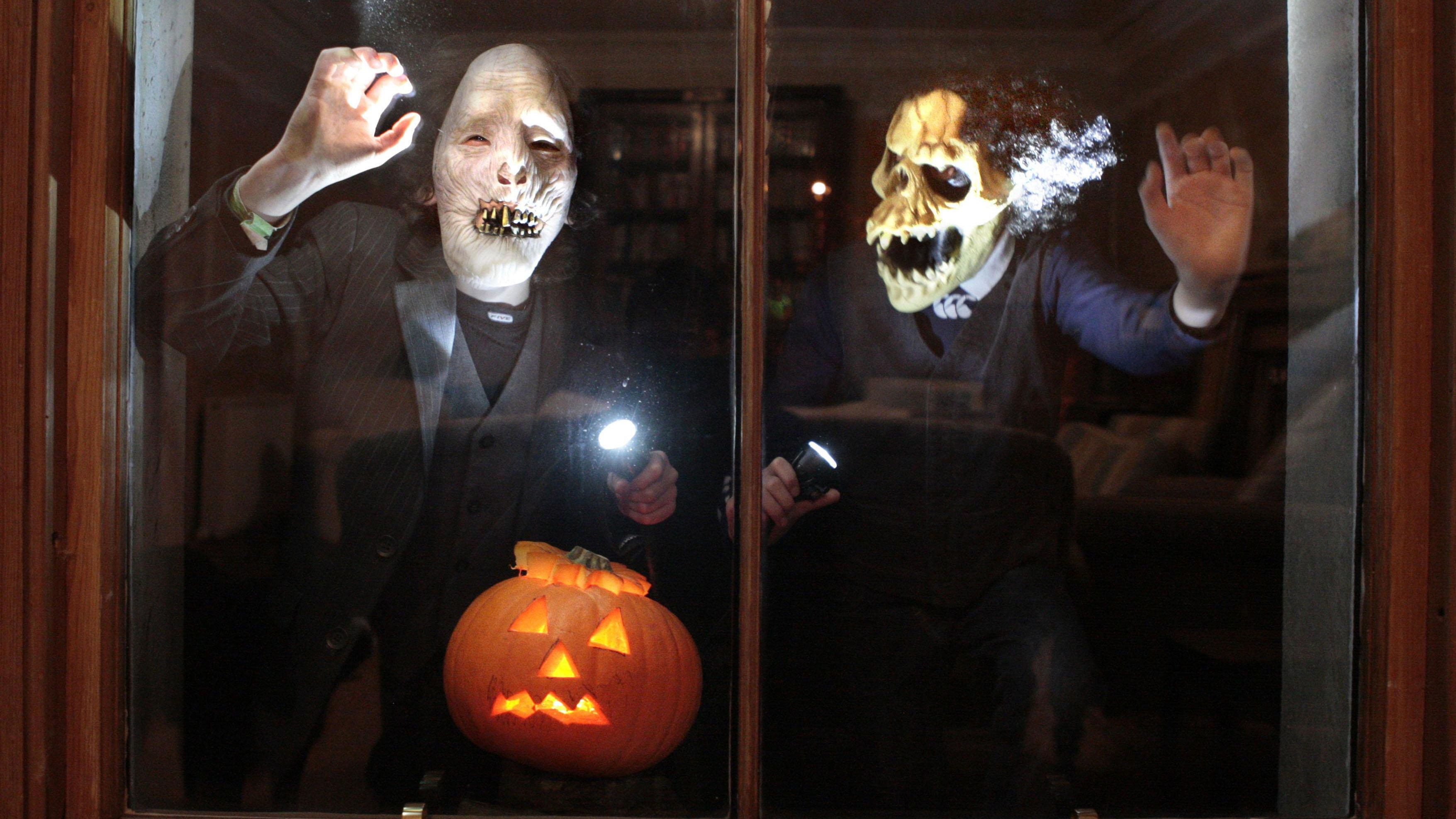 'The safest thing to do this year is to stay at home' - Scottish children told to avoid guising this Halloween