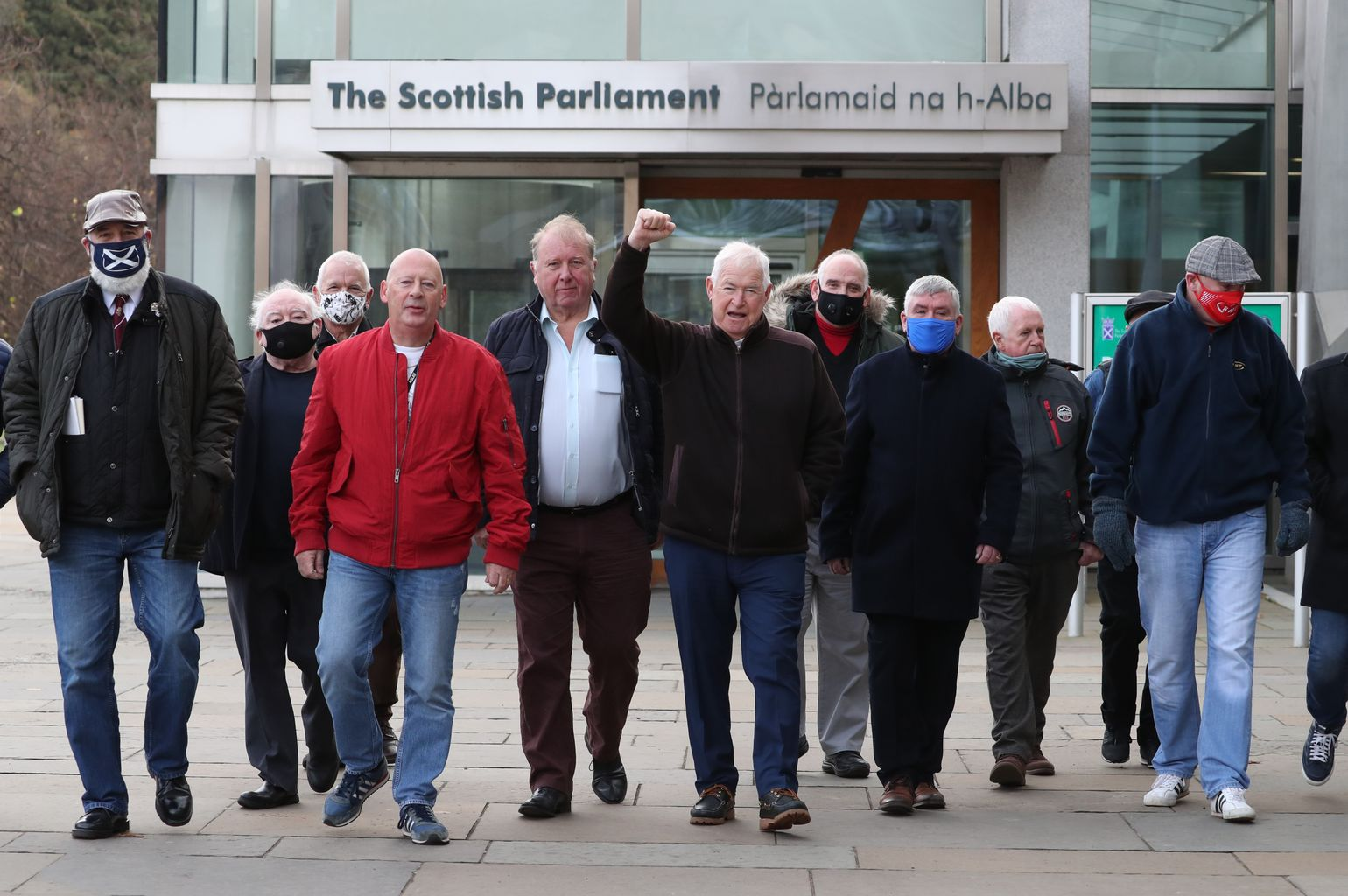 Miners convicted during 1980s strike to receive pardon